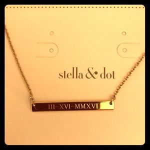 Stella and Dot bar necklace.